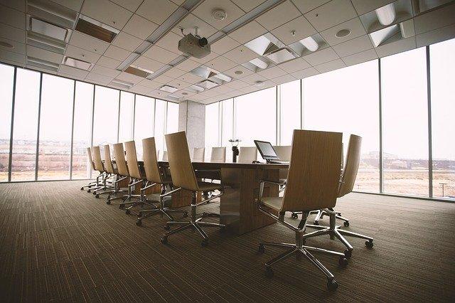 パフォーマンスの低い部下を改善するための目標設定方法|オフィスの写真|KEN'S BUSINESS|ケンズビジネス|職場問題の解決サイト中間管理職・サラリーマン・上司と部下の「悩み」を解決する情報サイト