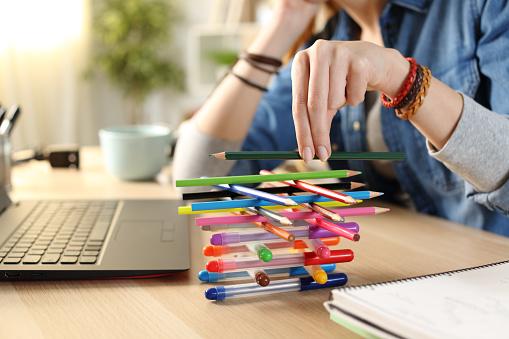 退屈さの象徴|KEN'S BUSINESS|ケンズビジネス|職場問題の解決サイト
